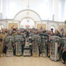Состоялись соборная Литургия и общее говение духовенства Центрального викариатства г. Киева