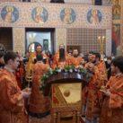 Два архиерея возглавили Литургию в день святой Варвары в её храме